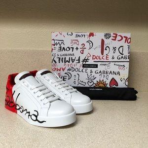 Dolce & Gabbana Script Logo Sneaker 40.5 / 10.5